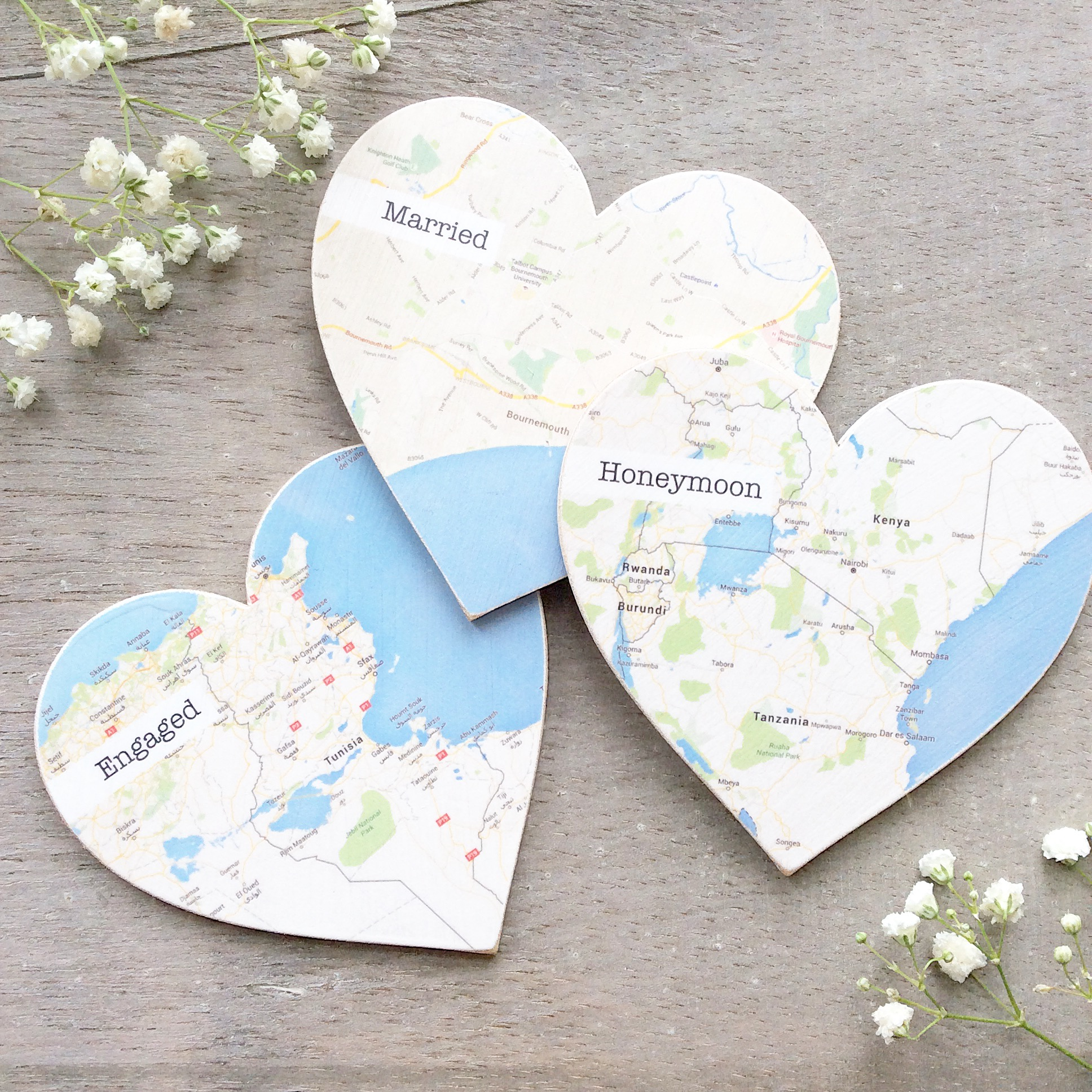 wooden map hearts