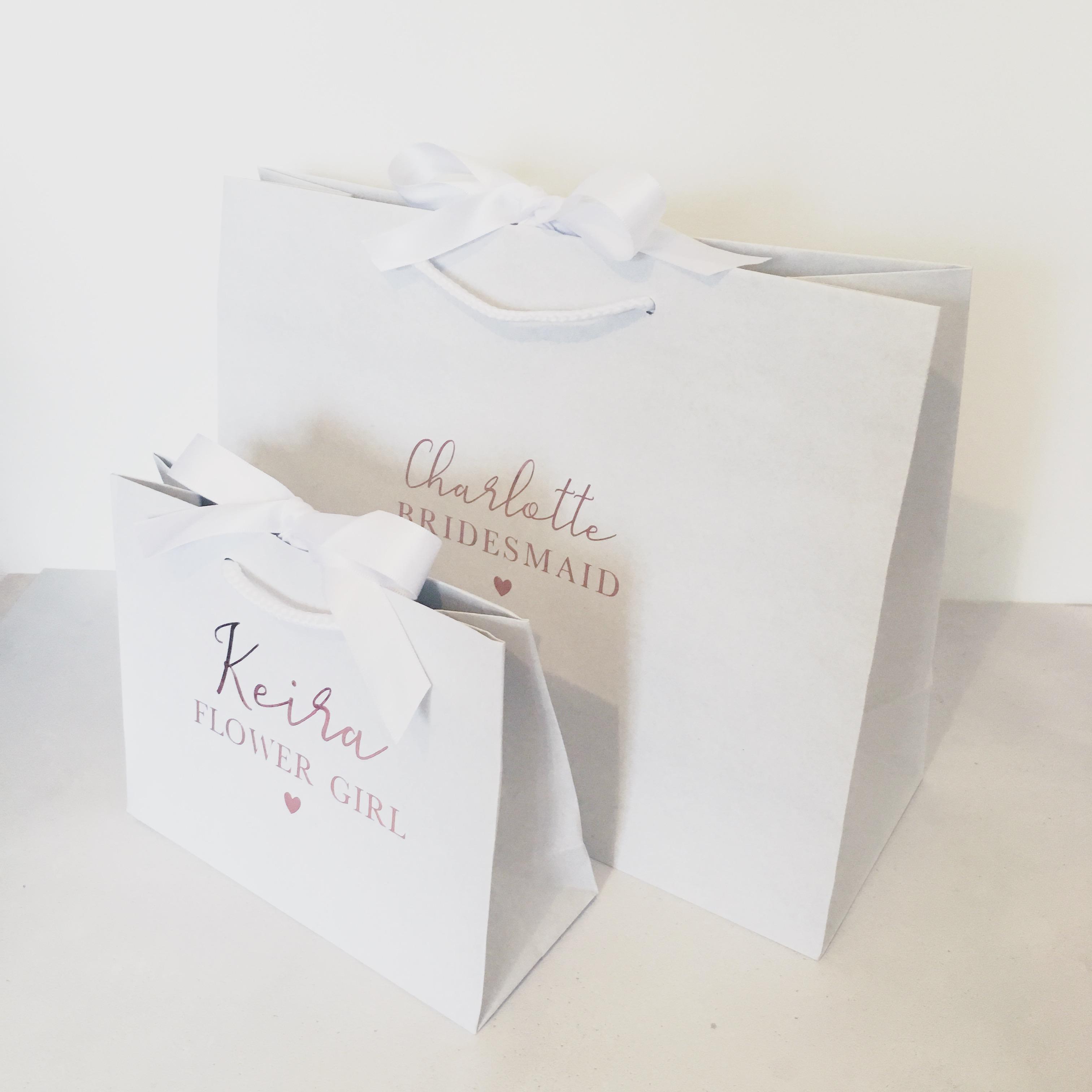 Luxury Wedding Gift Ideas: Personalised Luxury White Wedding Gift Bag